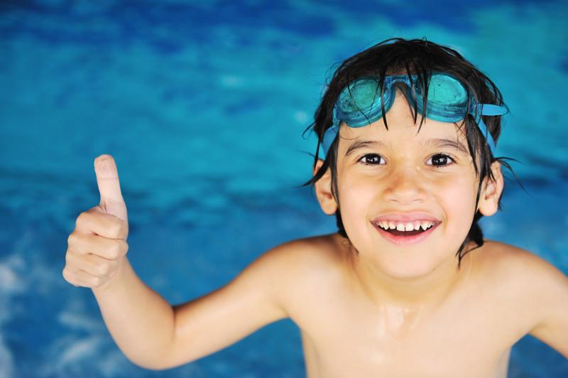 Ребёнок, пловец