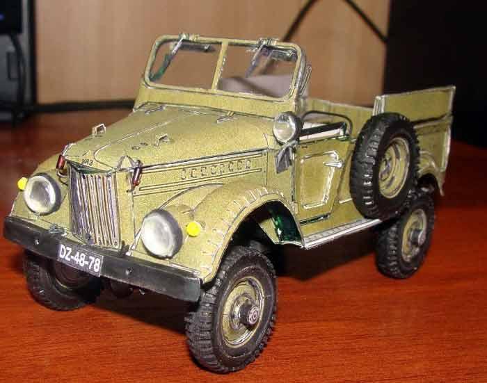 ГАЗ 69, модель из бумаги, музей на столе