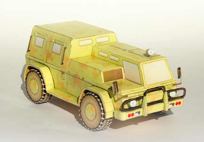 ГАЗ 3937, модель из бумаги, музей на столе
