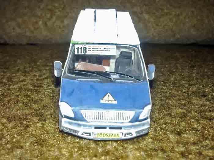 ГАЗ 2217, Соболь, модель из бумаги, музей на столе