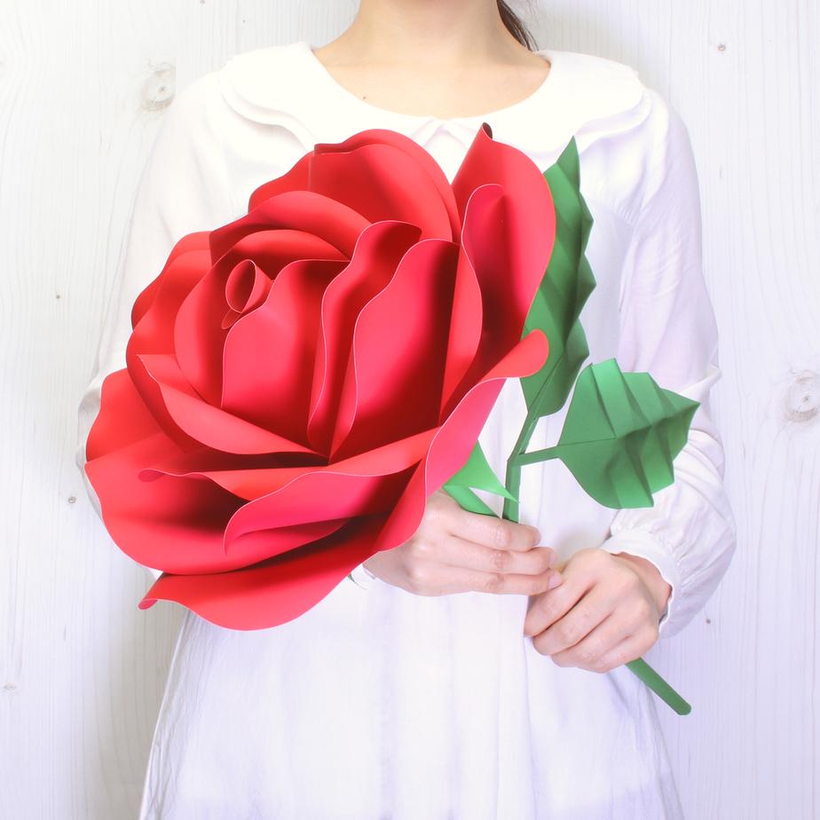 Гигантская Роза, цветок из бумаги