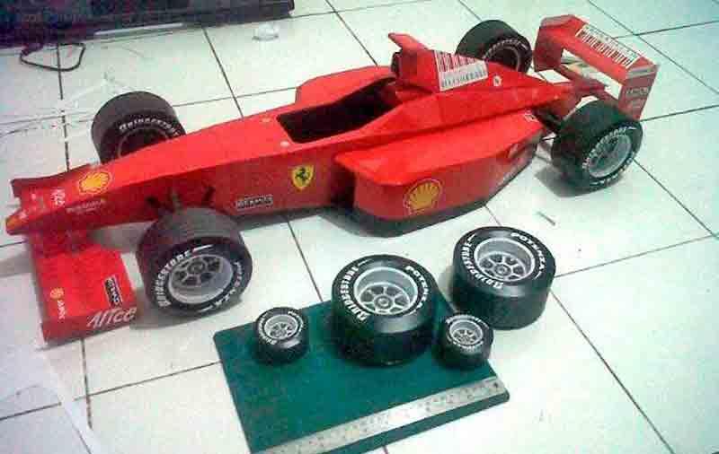 Формула 1, Хонда, музей на столе, модель из бумаги