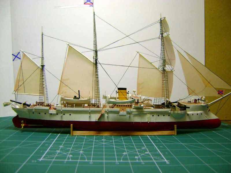 Канонерская лодка, музей на столе, модель из бумаги