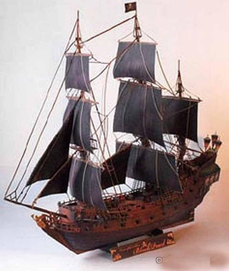 Гроза пиратов, Галеон Альбатрос, модель из бумаги, музей на столе