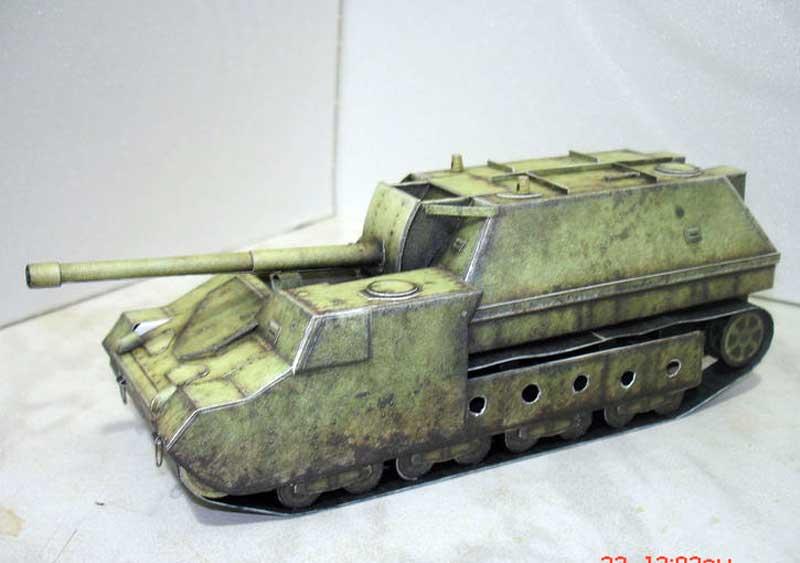 СУ-14, модель из бумаги, музей на столе
