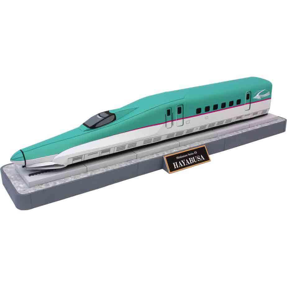 Электропоезд Хаябуса серии E5 сети Синкансэн, музей на столе, модель из бумаги