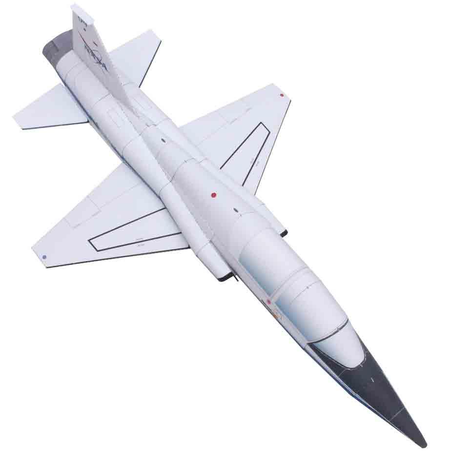T-38A(N) Talon, модель из бумаги, музей на столе, комический истребитель