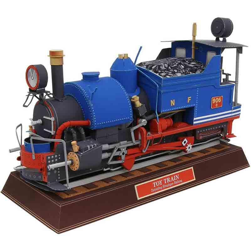 Игрушечный поезд, модель из бумаги, музей на столе