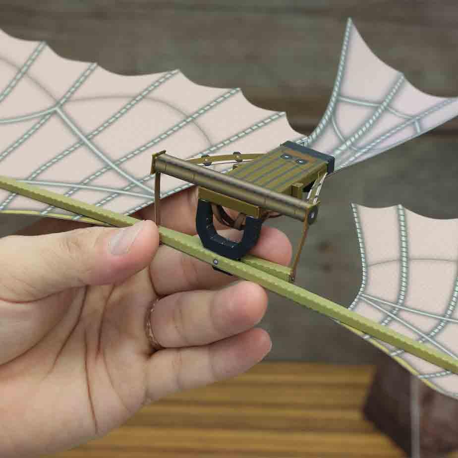Планер Леонардо до Винчи, музей на столе, модель из бумаги