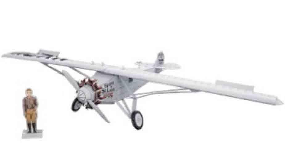 Spirit of St. Louis (Дух Сэнт-Луиса), самолет, модель из бумаги, музей на столе