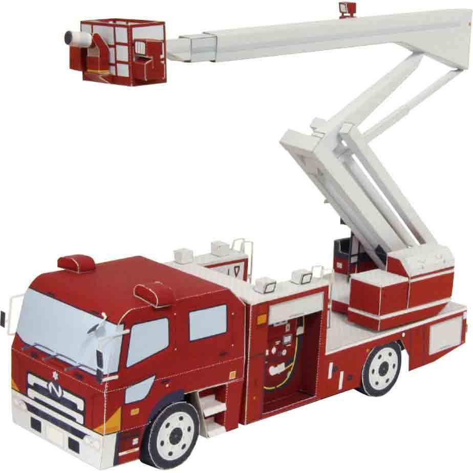 Пожарная машина с лестницей, модель из бумаги, музей на столе