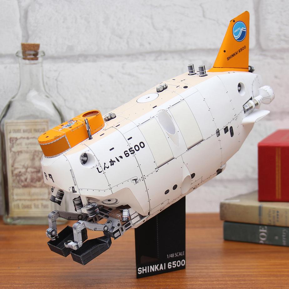 Подводный аппарат Shinkai 6500, музей на столе, модель из бумаги