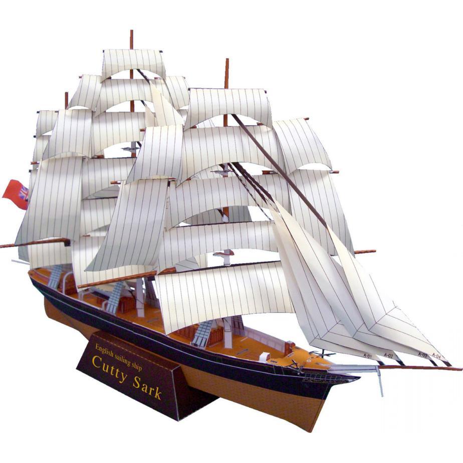 Парусник Катти Сарк, модель из бумаги, музей на столе
