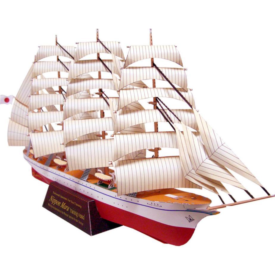 Парусник (Ниппон Мару), музей на столе, модель из бумаги