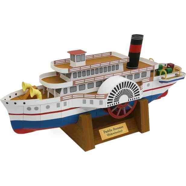 Колесный пароход, модель из бумаги, музей на столе